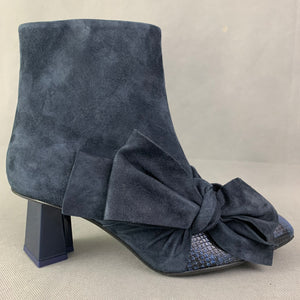 New MARKUS LUPFER Blue Suede Heeled BOOTS Size EU 40 - UK 7