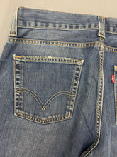 "Load image into Gallery viewer, LEVI STRAUSS &Co LEVI'S Blue Denim 506 JEANS Size Waist 36"" Leg 34"" LEVIS"