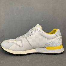 Load image into Gallery viewer, LOUIS VUITTON Mens White Trainers / Casual Shoes - Size EU 40 - UK 6