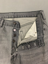 "Load image into Gallery viewer, LEVI STRAUSS &Co Mens LEVI'S Grey Denim 501 JEANS Size Waist 34""  Leg 29"" LEVIS"