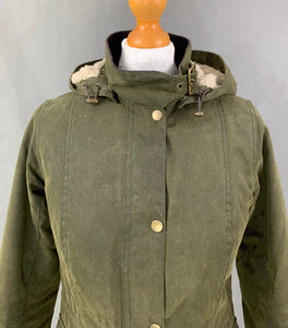 BARBOUR Ladies Green Waxed Cotton CONVOY JACKET / COAT - Size UK 8