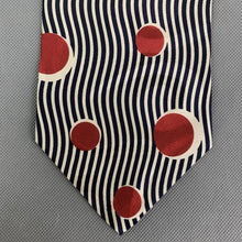 Load image into Gallery viewer, HUGO BOSS Mens Vintage Wavey Lines & Circle Pattern TIE - Made in Italy