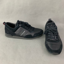 Load image into Gallery viewer, TOMMY HILFIGER Mens Black SUEDE MIX RUNNER TRAINERS / SHOES Size UK 10 - EU 44