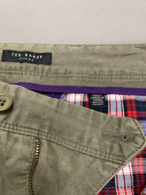 "Load image into Gallery viewer, TED BAKER Mens OUTLETZ Green Tapered Leg CHINOS / TROUSERS - Waist 32"" - Leg 32"""