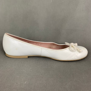 PRETTY BALLERINAS Ladies White Leather Ballerina Shoes - Size EU 41 - UK 8