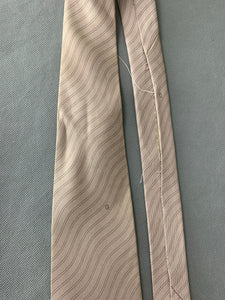GUCCI Mens 100% Silk TIE Made in Italy