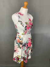 Load image into Gallery viewer, PEPONE France Ladies Floral Pattern DRESS - Size UK 10