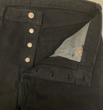 "Load image into Gallery viewer, LEVI STRAUSS &Co Mens LEVI'S Black Denim 501 JEANS Size Waist 34"" Leg 32"" LEVIS"