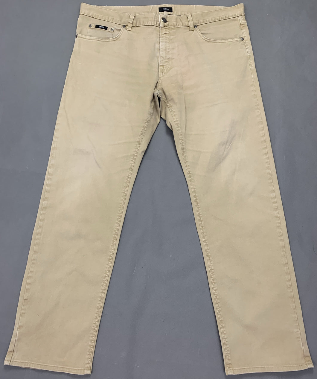 HUGO BOSS Mens MAINE Beige Denim Regular Fit JEANS Size Waist 38