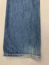 "Load image into Gallery viewer, LEVI STRAUSS &Co Mens LEVI'S Blue Denim 501 JEANS Size Waist 30""  Leg 31"" LEVIS"