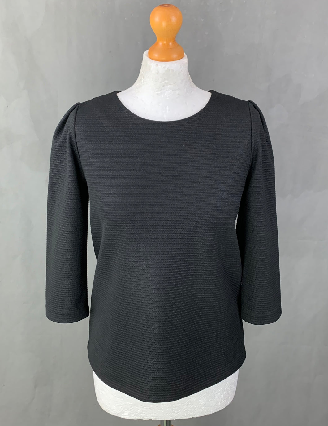 CLUB MONACO Ladies Black Top - Size S - Small