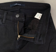 "Load image into Gallery viewer, J BRAND Ladies Seriously Black SUPER SKINNY JEANS Size Waist 26"" JBRAND"