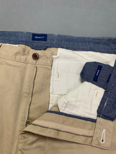 "Load image into Gallery viewer, GANT Mens Beige Regular Fit Chinos / TROUSERS Size Waist 38"" - Leg 32"""