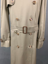 "Load image into Gallery viewer, AQUASCUTUM Mens Navy MAC JACKET / TRENCH COAT Size 44R 44"" Chest 2XL XXL"