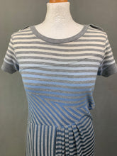Load image into Gallery viewer, SPORTMAX CODE Ladies Grey Striped DRESS - Size Small - S