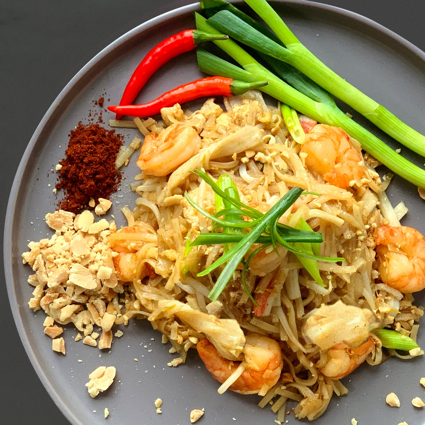 Chicken & King Prawn Pad Thai
