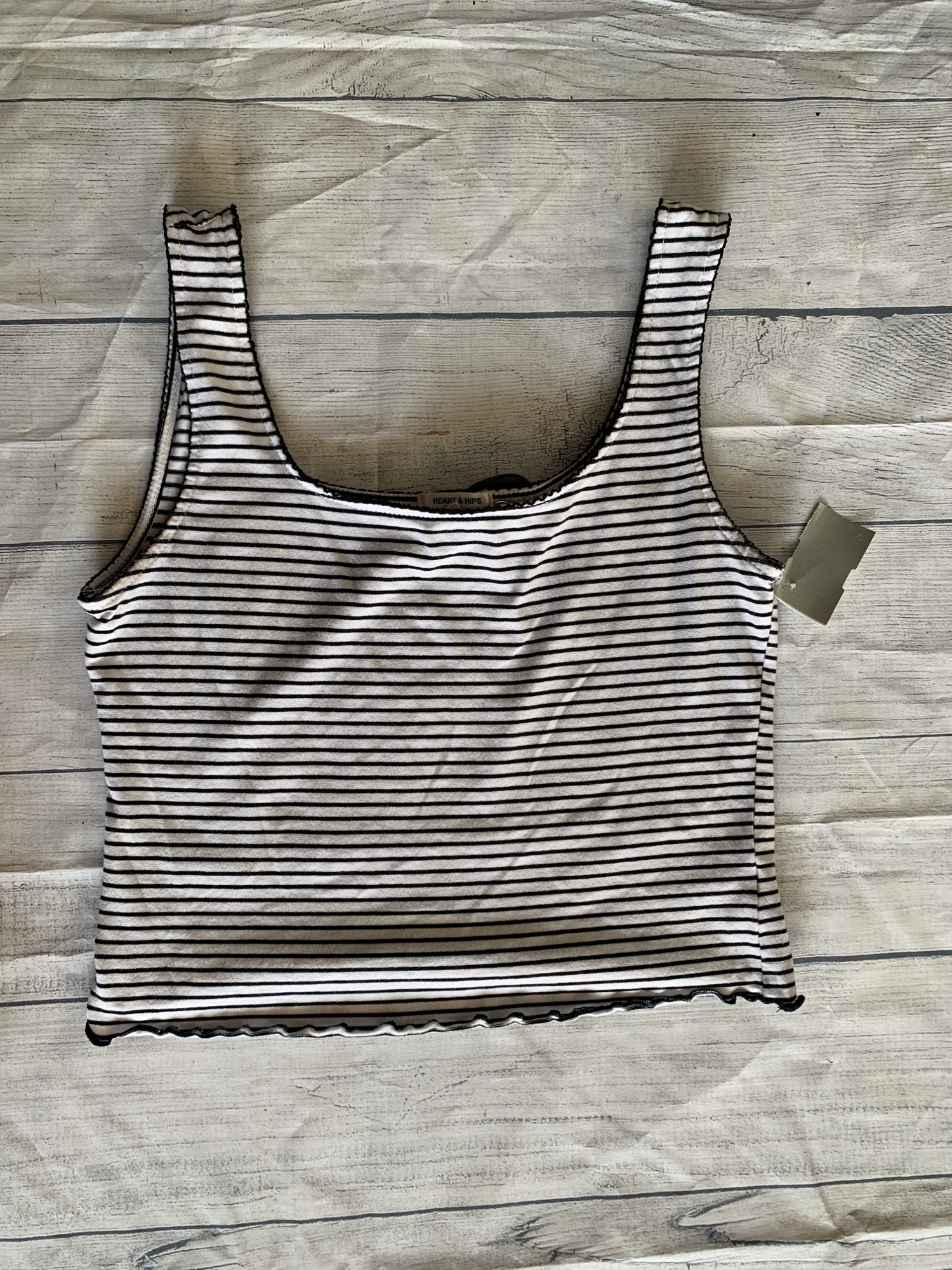 Heart And Hips Tank Top Size Large - Plato's Closet