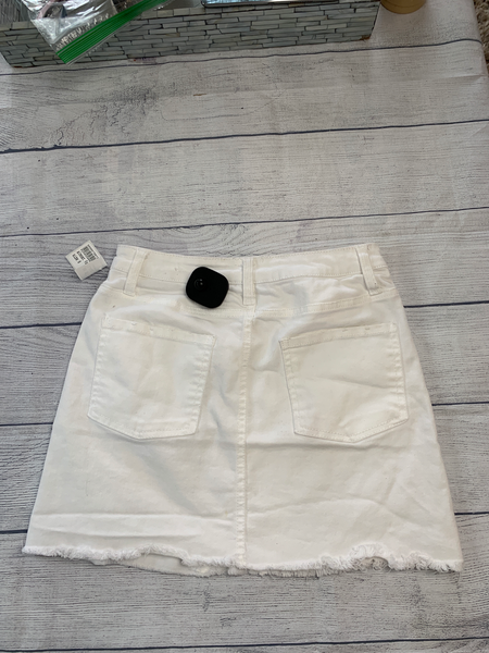 Almost Famous Short Skirt Size 0 - Plato's Closet Batavia