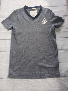 Abercrombie & Fitch T-shirt Size Small - Plato's Closet