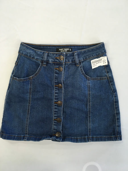 Almost Famous Womens Short Skirt Size 5/6 - Plato's Closet
