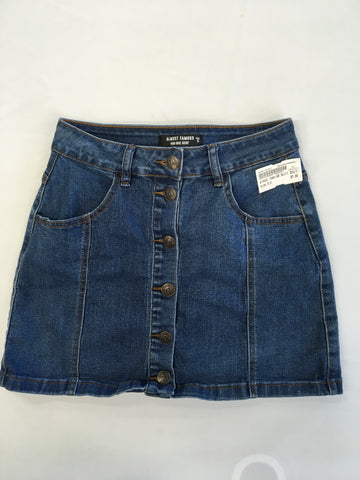 Almost Famous Womens Short Skirt Size 5/6 - Plato's Closet Batavia