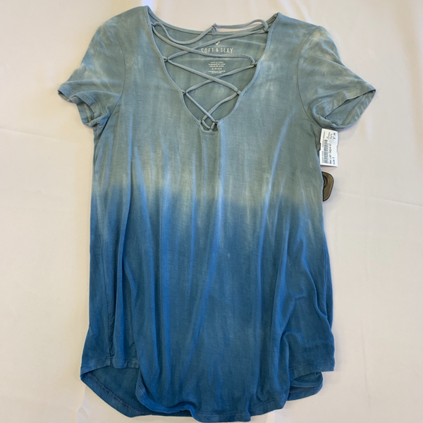 American Eagle T-Shirt Size Small - Plato's Closet