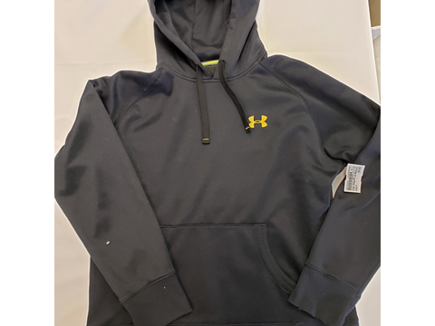 Under Armour Sweatshirt Size Medium - Plato's Closet Batavia