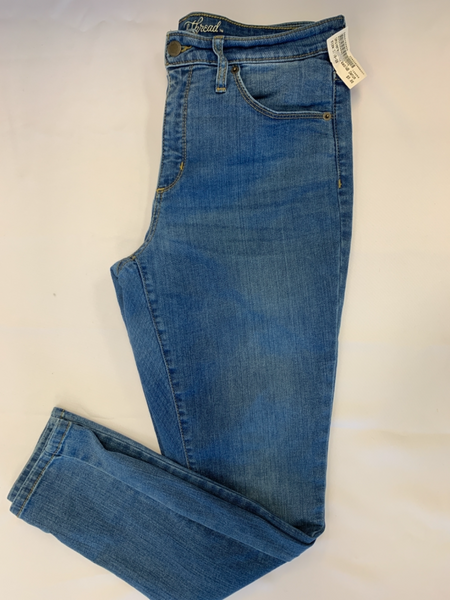 Universal Thread Denim Size 9/10 (30) - Plato's Closet