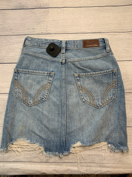 Hollister Short Skirt Size 00 - Plato's Closet