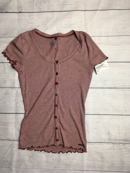 Hollister Short Sleeve Top Size Extra Small - Plato's Closet