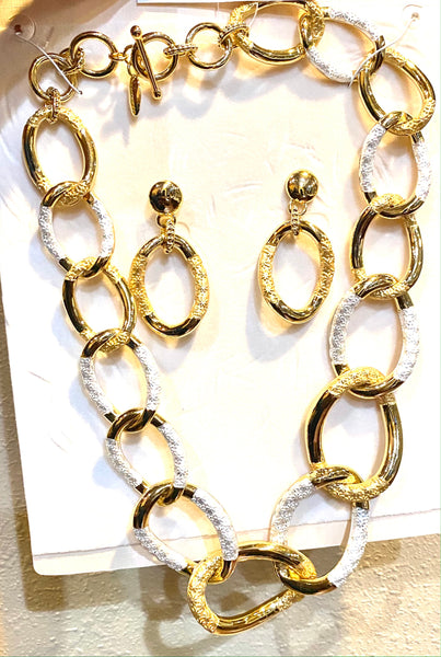 NK102 ALTERNATING WHITE AND GOLD CHAIN JWL