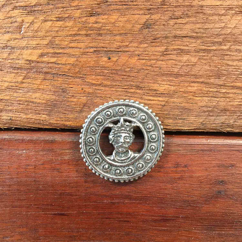 St Edward Pin Badge