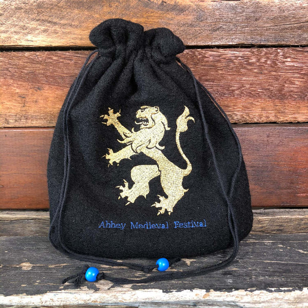 Embroidered Wool Bag - Lion