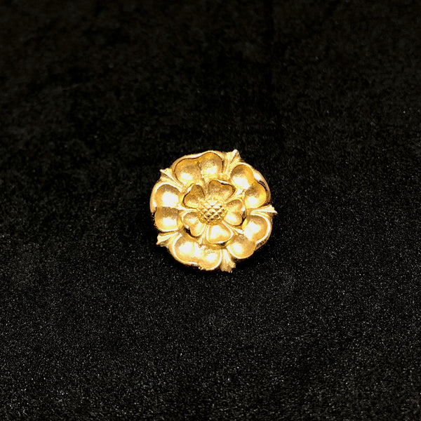 English Tudor Rose Gold Lapel Pin