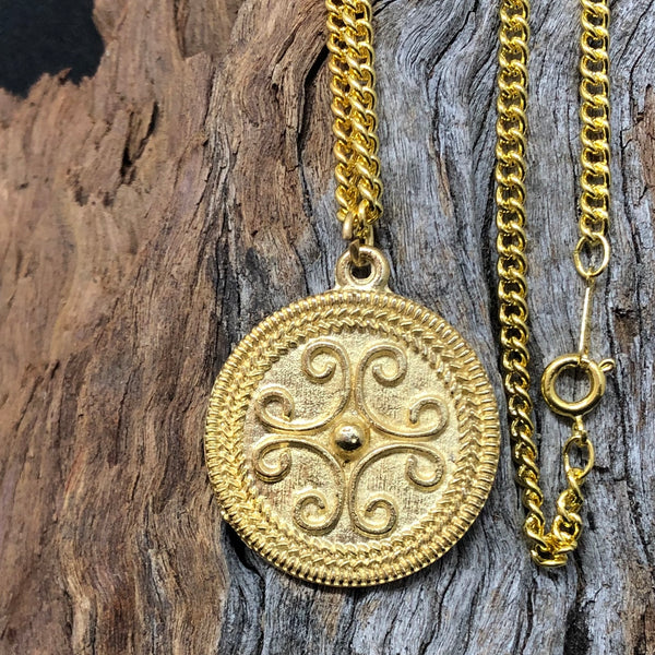 Roman Gold Filigree Pendant