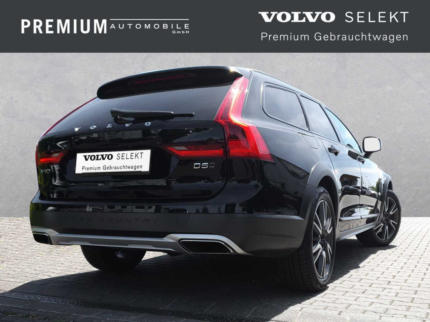 VOLVO - V90 Cross Country D5 AWD Geartronic Pro AHK/LED/