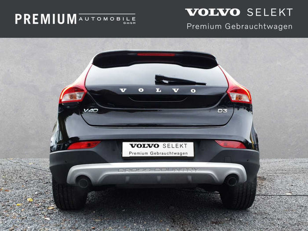 VOLVO - V40 Cross Country D3 Geartronic Summum 18''/Rück