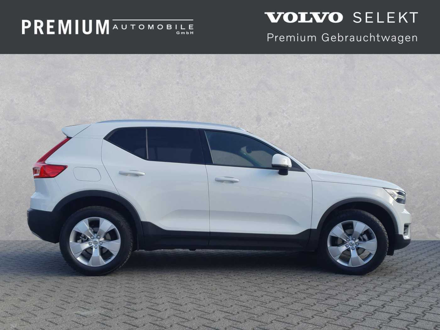 VOLVO - XC40 D3 Geartronic Momentum