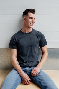 Everyday best organic cotton and recycled polyester grey t-shirt for men
