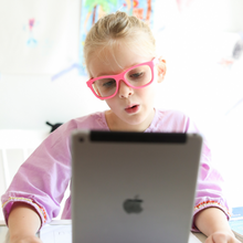 Load image into Gallery viewer, Babiators Navigator Screen Saver Sunglasses - Think Pink