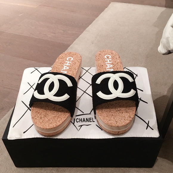 Double C cork sandals (various color)