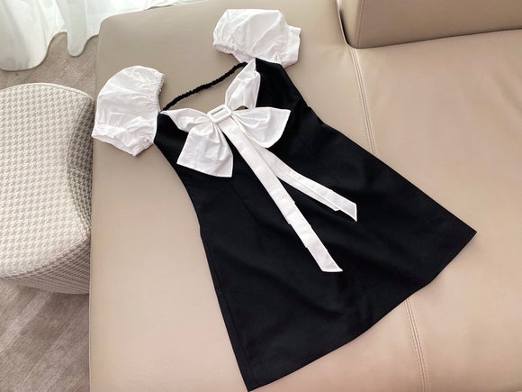 B&W puff sleeve bow fitted bodycon dress