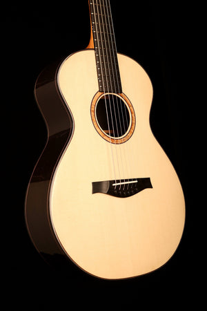 Silvertone 600 Natural Orchestral Acoustic Guitar