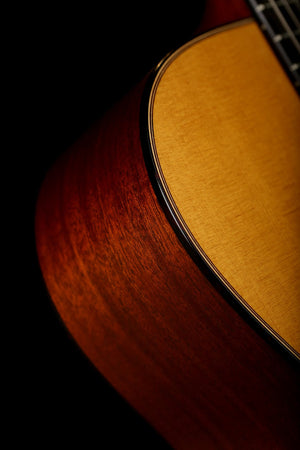 Martin 00-15M Acoustic Guitar: 15 Series
