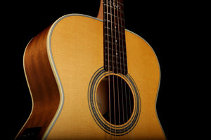 Maton Custom Shop EBG808TE 'Tommy Emmanuel' Personal Acoustic Electric Guitar