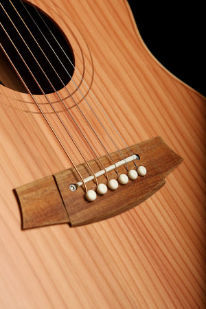 Cole Clark 'Little Lady' 2 series Redwood Blackwood - acousticcentre