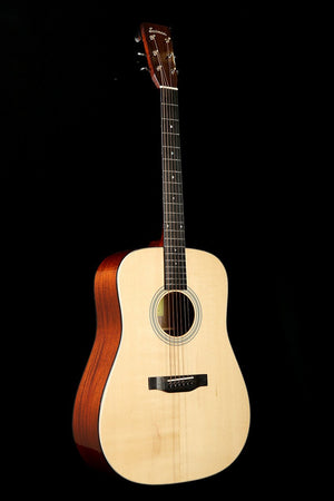 Eastman E10D Acoustic Guitar - acousticcentre