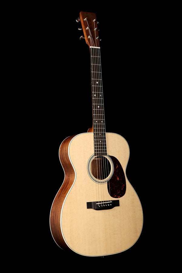 Martin 000-16E Acoustic Electric Guitar: Road Series