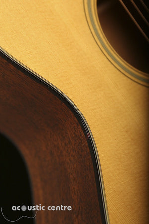 Martin 000-18 Acoustic Guitar: Standard Series