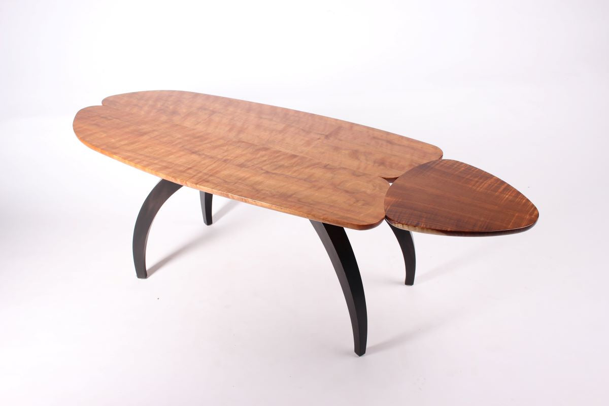 FIGURED MYRTLE & BLACKWOOD TABLE